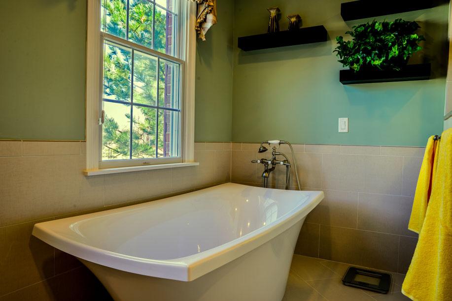 century-kitchens-and-bath-bath-tub-2