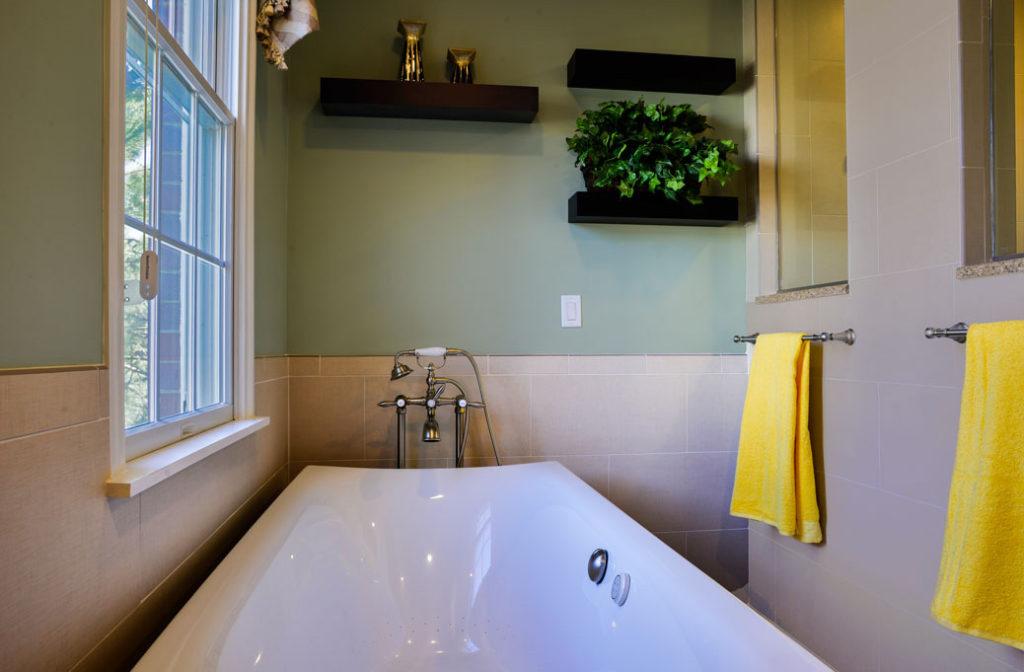 century-kitchens-and-bath-bath-tub-3
