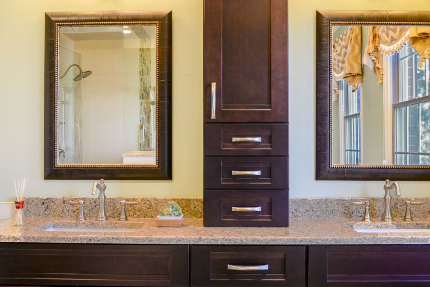 century-kitchens-and-bath-two-sides-of-vanity-full-cabinet