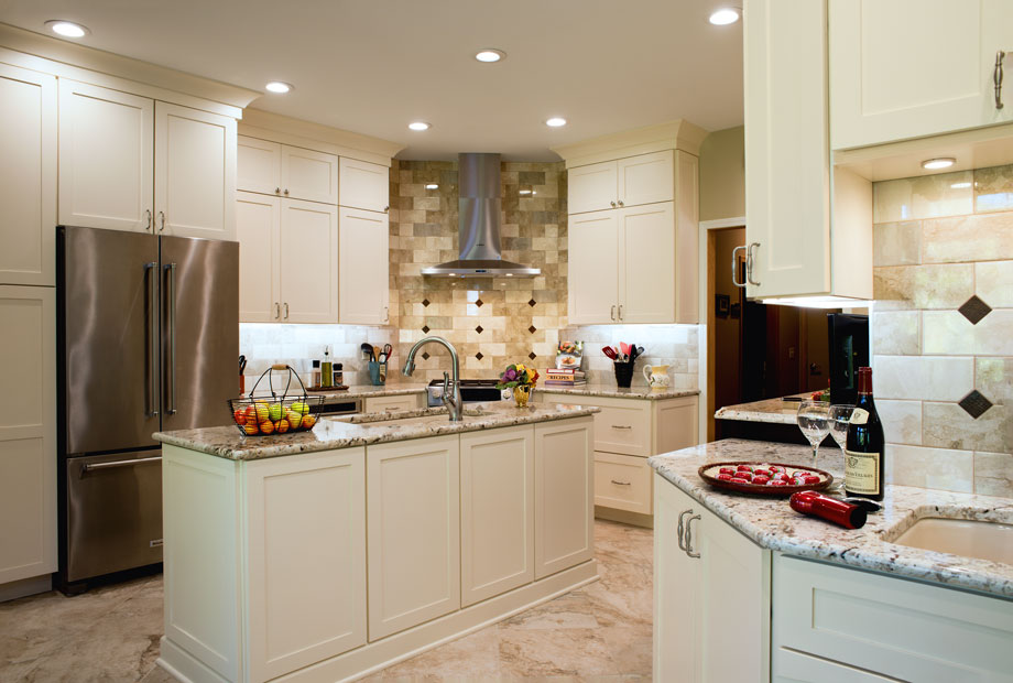 century kitchens and bath spring grove kitchen2